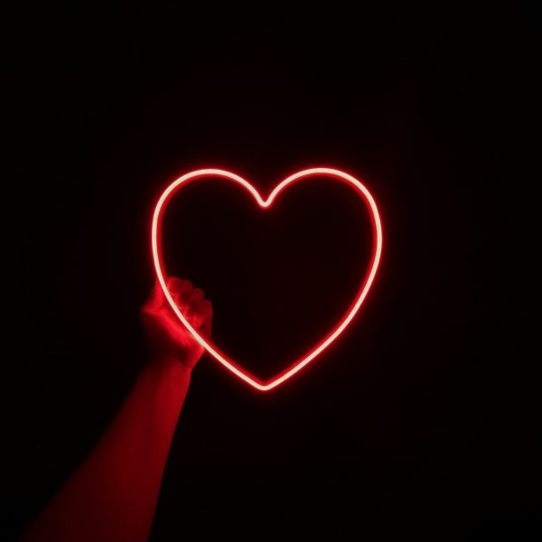 serce neon led
